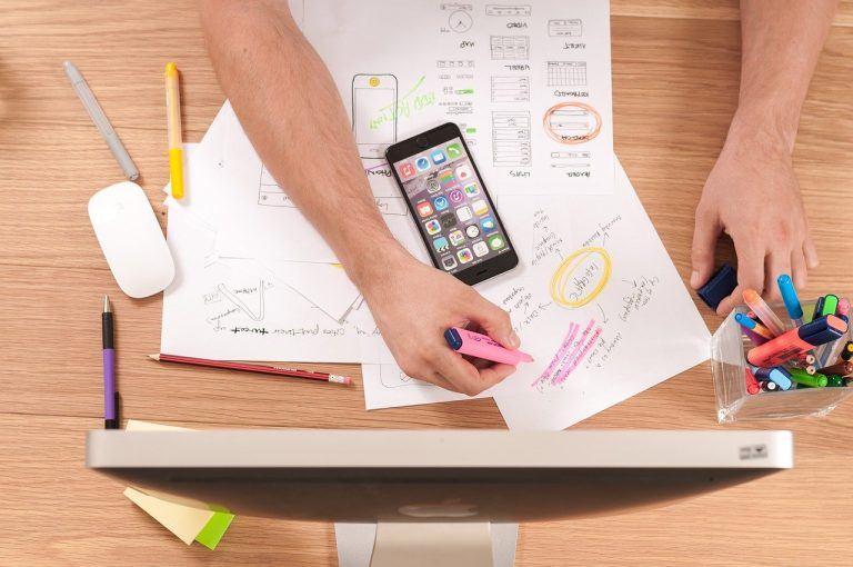3 rzeczy, które możesz zrobić dla siebie podczas siedzenia w domu