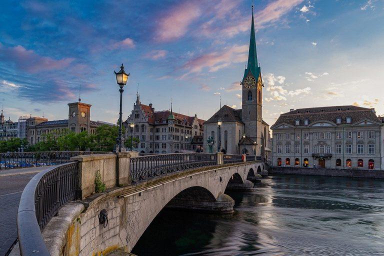 Jeśli jesteśmy w Szwajcarii, zwiedźmy Bazyleę – miniprzewodnik
